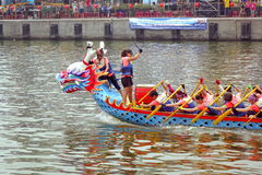 Dragon Boat Races i Taiwan Arkivbild