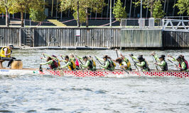 Dragon Boat Racing Royalty-vrije Stock Fotografie