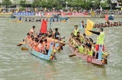 Dragon Boat Racing in Hong Kong 2013 Immagine Stock
