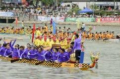 Dragon Boat Racing in Hong Kong 2013 Royalty Free Stock Photos