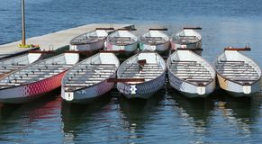Dragon Boats na doca foto de stock