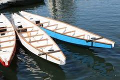 Dragon Boats på skeppsdockan Royaltyfri Bild