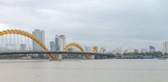 Dragon Bridge Cau Rong, Da Nang Vietname imagens de stock