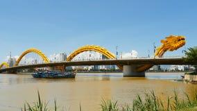 Dragon Bridge na cidade de Danang vietnam fotos de stock