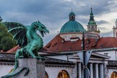 Dragon Bridge Zmajski plus, Ljubljana, Slovénie Images stock