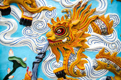 Dragon carved wooden Chinese temple Royalty Free Stock Photos
