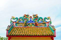 Dragon on chinese temple roof Royalty Free Stock Photos