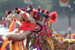 Dragon chinois de défilé d'an neuf photo stock