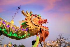Dragon Dance en una celebración china del ` s del Año Nuevo Imagenes de archivo