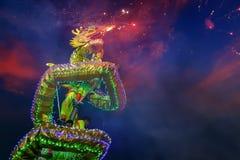 Dragon Dance en una celebración china del ` s del Año Nuevo Foto de archivo