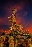 Dragon Dance en una celebración china del ` s del Año Nuevo Fotos de archivo libres de regalías