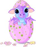 Dragon de chéri haché d'un oeuf illustration libre de droits
