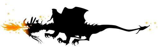 Dragon de vol de respiration d'incendie Image libre de droits