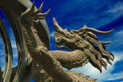 Dragon en bronze images stock