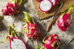 Dragon Fruit orgânico vermelho cru fotografia de stock