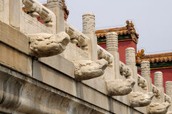 Dragon Heads Beijing China en pierre chinois image libre de droits