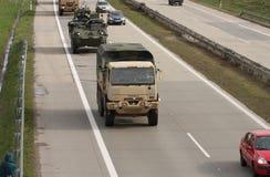 Dragon przejażdżka - wojsko usa konwój jedzie przez republika czech Zdjęcia Stock