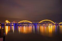 Dragon River Bridge Rong Bridge no Da Nang imagens de stock