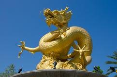 Dragon Sculpture Figure i Phuket Thailand Royaltyfri Fotografi