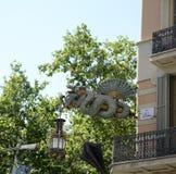 Dragon Sculpture i Barcelona-Catalonia Spanien Arkivbild