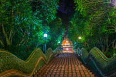 Dragon Stairs a Wat Phra que templo del suthap del doi, Chiang Mai, Tha Fotografía de archivo