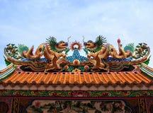 Dragon Statue Chinese-tempeldak Royalty-vrije Stock Afbeeldingen