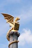 Dragon Statue dourado fotografia de stock royalty free