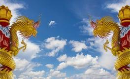 Dragon Statues de oro Imagen de archivo