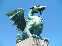 Dragon sur le pont photo libre de droits