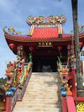 Dragon Temple brilhante e bonito em Phuket Tailândia fotografia de stock