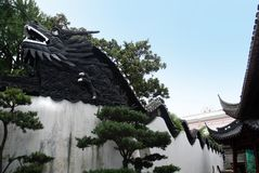 Dragon wall in Yu Garden , Shanghai. Dragon wall in Yu Garden in Shanghai. .It is characteristic of the architectural style of the Ming royalty free stock photo