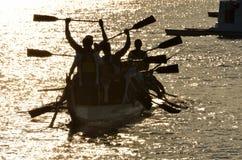 Dragonboat seger Arkivfoto