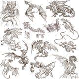 dragones Bosquejos a pulso dibujados una mano originales Imagen de archivo libre de regalías