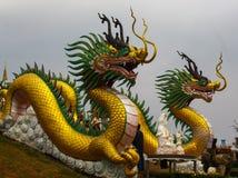 Dragones en la atracción de Wat Huai Pla Kang Popular Tourist Fotos de archivo libres de regalías