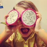 Dragonfruit-Kind Lizenzfreie Stockbilder