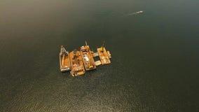 Dragowanie platforma na morzu Filipiny, Manila Zdjęcia Royalty Free