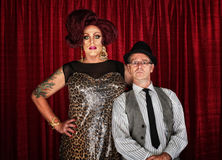 Dragqueen und Retro- Mann Stockfotos