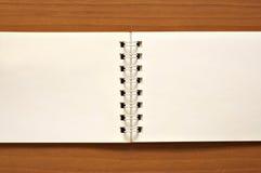 Draht-O Notizblock Stockbilder