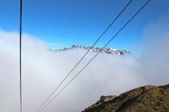 Drahtseilbahn in Chamonix, das zum l'aiguille DU Midi geht Lizenzfreie Stockfotos