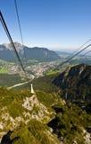 Drahtseilbahn in den Alpen Lizenzfreie Stockfotografie