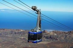 Drahtseilbahn, die zur Spitze des Vulkans Teide, Teneriffa steigt Lizenzfreies Stockfoto