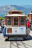 Drahtseilbahn-Förderwagengleis in San Francisco, USA Stockbilder