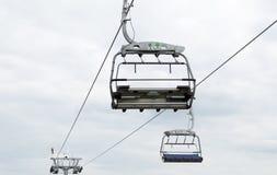 Drahtseilbahn im schlesischen Park Stockbilder
