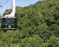 Drahtseilbahn oben in die Berge über Gatlinburg Tennessee USA Lizenzfreies Stockfoto