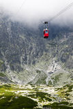 Drahtseilbahn in Slowakei, hohes Tatras Stockfotos