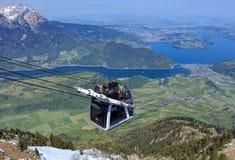 Drahtseilbahn Stanserhorn Cabrio in der Schweiz Lizenzfreies Stockfoto
