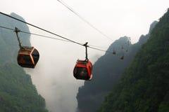 Drahtseilbahnen im Tianmen-Gebirgsnationalpark, Zhangjiajie, China stockfotografie