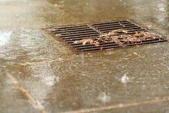 Drain pluvieux Photos libres de droits