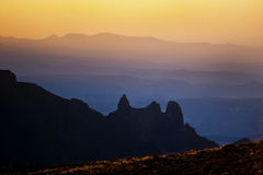 Drakensberg solnedgång, Sydafrika royaltyfri fotografi
