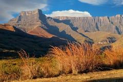 Drakensbergbergen - Zuid-Afrika royalty-vrije stock afbeelding